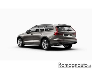 volvo-v60-cross-country-d4-awd-geartr-bus-plus-km0-1943