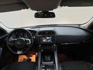 jaguar-f-pace-2-0-d-180-cv-awd-aut-r-sport-usato-2046