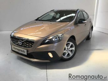 volvo-v40-cross-country-d2-1-6-p-shift-kinetic-usato-2123