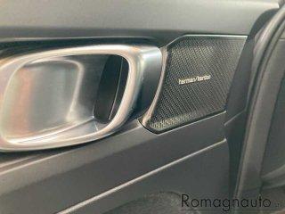 volvo-xc40-d3-geartronic-r-design-aziendale-2240