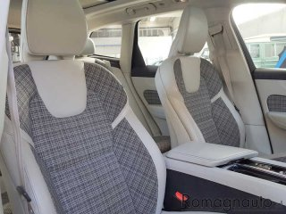 volvo-xc60-d4-awd-geartronic-business-usato-2375
