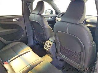 volvo-xc40-t3-geartronic-r-design-aziendale-2579