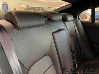 jaguar-xe-2-0-d-204-cv-awd-aut-r-dynamic-black-nuovo-2641