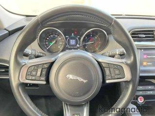 jaguar-f-pace-2-0d-180-cv-awd-aut-r-sport-navi-pelle-xenon-cerchi-19-usato-2762