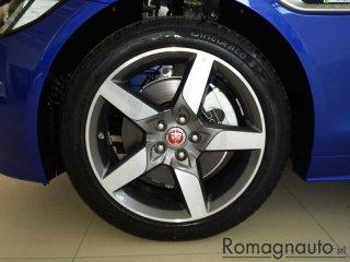 jaguar-xe-2-0-d-240-cv-awd-aut-r-sport-km0-1402