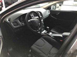 volvo-v40-cross-country-d2-vettura-km0-prezzo-di-listino-30017-km0-1745